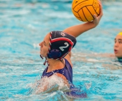 Primera derrota del nostre equip femení de waterpolo